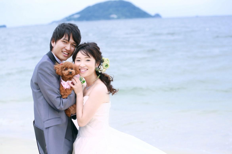 福岡 前撮り 洋装 海 森 婚礼写真 志賀島 砂浜 ペット 犬