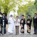 ご両親に花嫁姿でサプライズキャンペーン-家族写真
